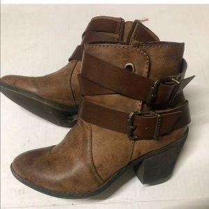 Blowfish brown leather 6.5 ankle booties